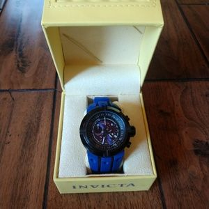 Invicta Accessories - Invicta Dive Watch Black Face/Blue Rubber Strap